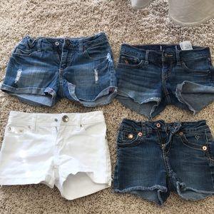 Bundle 4 pairs of Girls Jean shorts. Sz 8/10